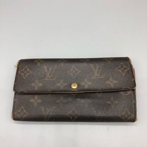 Authentic Louis Vuitton LV monogram long wallet